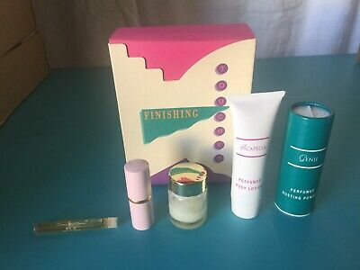 Vintage Retired Mary Kay Finishing Touches 5 Piece Gift Set New Old Stock #8749