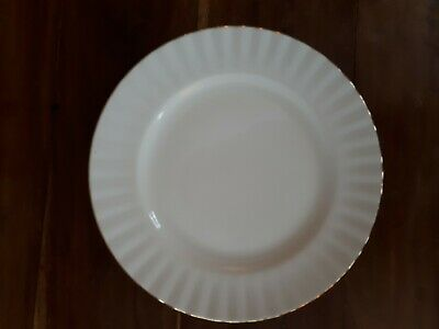 Royal Albert Val D'or China Plates 1St Quality Good Cond. 21 Cms