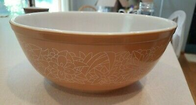 Vintage Pyrex WOODLAND BROWN Mixing Bowl 404 4 Liter 10IN Dia Oven or Microwave