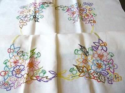 Vintage, Charming Hand Embroidered Tablecloth, Linen