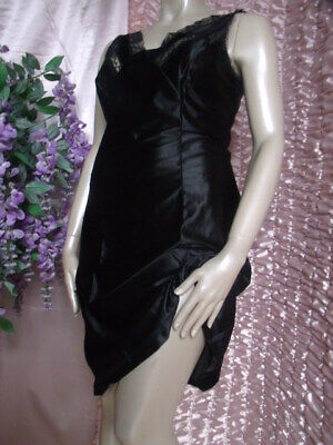 Vintage Silky Black Nylon Full Slip - Wide Strap - 16      (( New Old Stock))