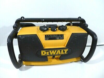 DeWalt DW911 Work Site Radio / Tool Battery Charger Combo - Tested Working