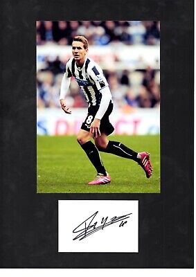 Luuk de Jong Hand Signed Card With Photo & Letter Of Authenticity Size A4