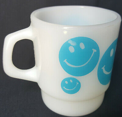 Vintage Anchor Hocking Fire King Smiley Face Mug / Cup Blue