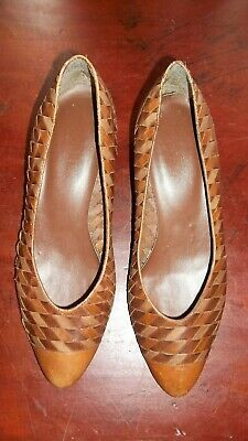 80's Vintage woven Leather pumps Brazil stacked timber heels shoes - SZ 8.5
