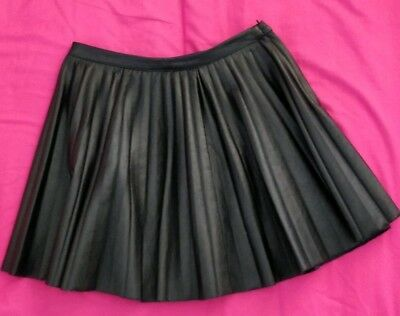 7f1006b557 H&M Black Faux Leather Look PU Pleated Skater Mini Short Skirt 6 School Girl