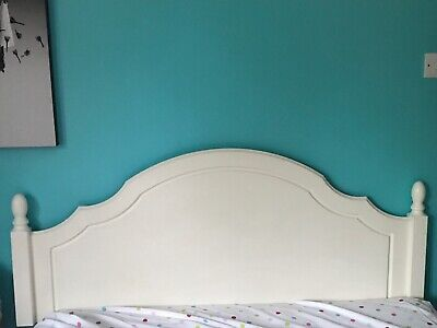 double headboard, solid oak wood, painted and refurbished, only one minor scuff.