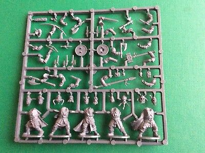 Frostgrave Barbarians , 28mm single sprue of 5