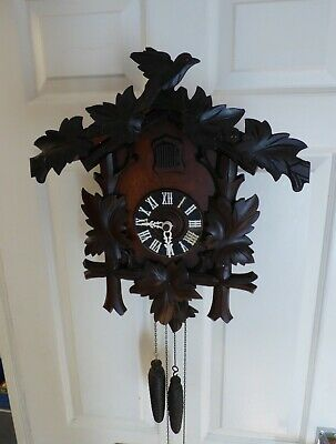 Big Antique Black Forest Cuckoo Clock in Great Restored Condition.