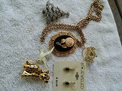 Estate Sale Vintage Lot Of Mixed Jewelry
