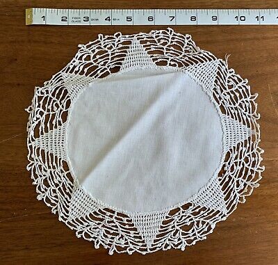 Huge Lot Vintage Antique Lace Crocheted Doilies Placemats Table Runners, etc.