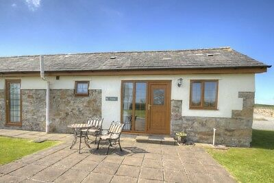 Holiday Cottage for 2 Anglesey, Wales 31st August For 7 Nights Cosy & Modern.