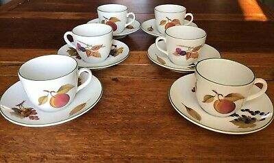 Royal Worcester Evesham Vale Small Teacups And Saucers X6
