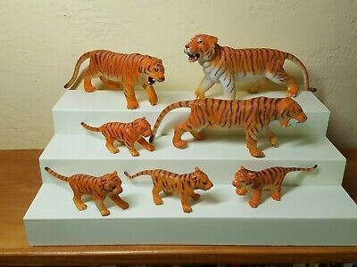 Large tiger family orange and black vintage plastic model figurine collectible