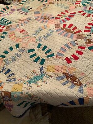 Vintage Hand Sewn Double Wedding Ring Quilt 1930's