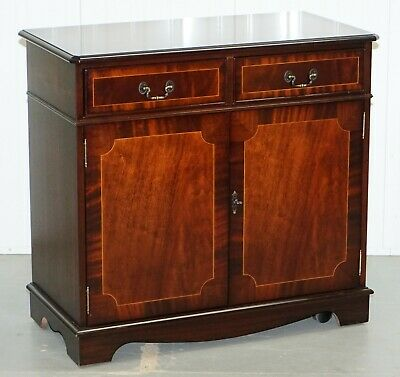 Stunning Hand Made In England Solid Mahogany Sideboard With Drawers On Wheels