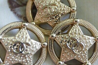 CHANEL BUTTONS  SIZE 1  INCH 24 MM BROOCH Gold Star 5  pieces