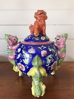 Stunning Large Vintage Pottery Chinese Censor Foo Dog Incense Burner Signed