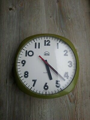 Vintage Mid Century Smiths Wall Clock Retro 1960s battery working green 20cm