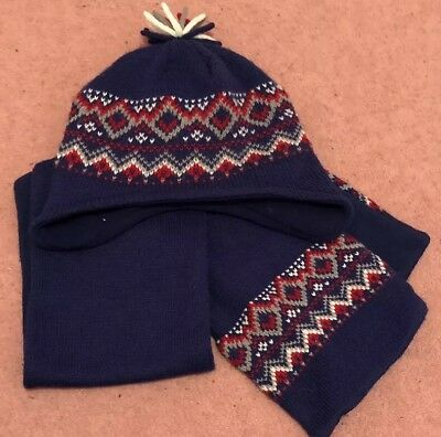 George, Kids Hat And Scarf 1-3 Years . From Smoke And Pet Free Home