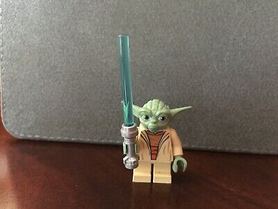 """Yoda Chronicles 2013 Promo Poster 32/"""" x 24/"""" Minifigure Limited LEGO Star Wars"""
