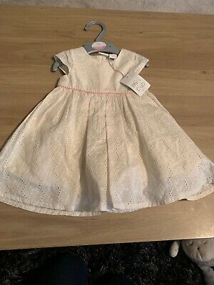 Mini Club Baby Girls Lovely Cream Dress Age 6/9 Months Bnwt