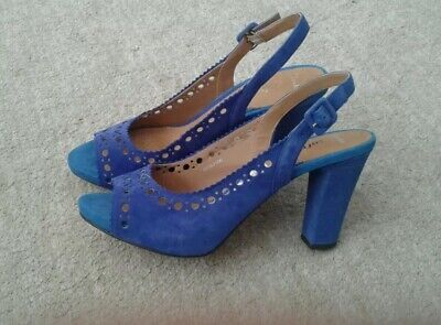 Details about NEW CLARKS SOFTWEAR PEARL BLUE SUEDE SANDALS SHOES UK SIZE 9
