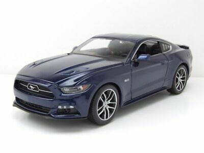 2015 Ford Mustang GT 5.0 Blanco 1:18 Maisto Exclusive 38133