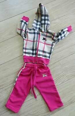CHECKED  GIRLS FULL TRACKSUIT age 2.  EYE CATCHING  EXCELLENT CONDITION