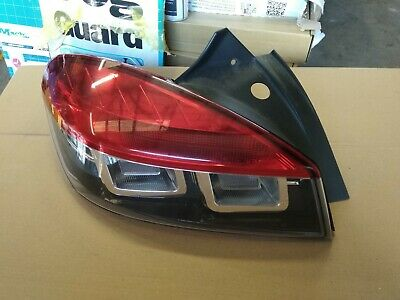 09-14 Renault megane mk3 coupe passenger rear lamp complete with bulb holder