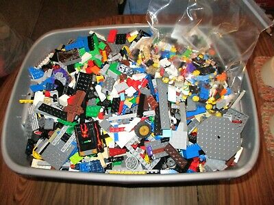 Huge Lego Bulk Lot Of 25 Lbs Pounds Bricks Blocks Parts Pieces + 50 Minifigs