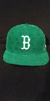 Boston Red Sox New Era 59Fifty Hat Green with Flocked MLB Silhouette Logo Size 7