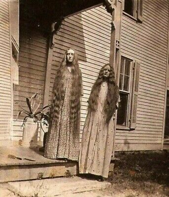 Scary Vintage Creepy Ladies PHOTO Freak Strange Weird Halloween Costume