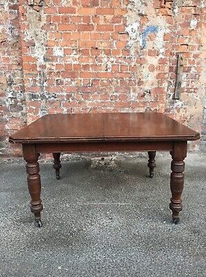 Antique Victorian Mahogany Dining Table - Solid And Heavy Dining Table