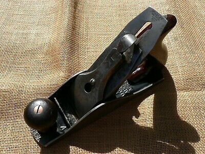 Antique Stanley Bailey No. 4  Bench Plane, Corrugated, Type 11 , 1910 -1918