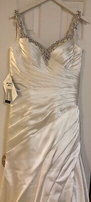 Urgent sale - Wedding Dress Brand New with tags. Size 14 ivory white.