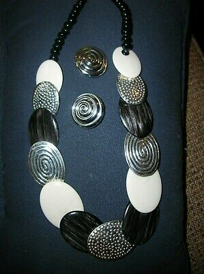 Vintage Pretty Brown/White/Silvertone/Black Bead Link Necklace/Earrings Set-Nice