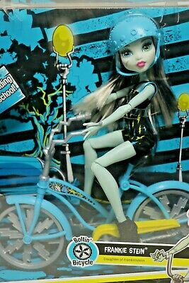 BNIB Mattel Licensed MONSTER HIGH Frankie Stein Boltin' Bicycle & Doll Playset
