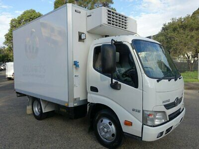 2013 Hino 300 616 Auto Refrigerated Truck With Standby