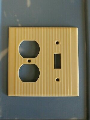Vintage LEVITON BAKELITE 1 Toggle 1 Gang Light Switch Outlet Plate Lines NEW