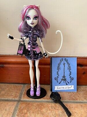 Monster High Catrine DeMew doll first wave Scaris City of Frights