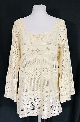 Vintage Hand Crochet Lace Womens Bell Sleeve Top Ivory Medium Long Sleeved
