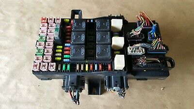 03-06 expedition navigator fuse relay power distribution box oem  2l1t-14a067-ap