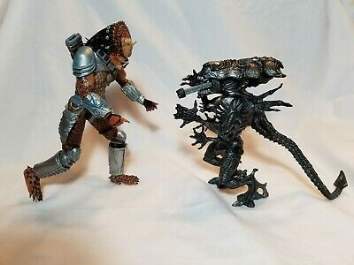 NEW IN BOX Neca Reel Toys 2014 Alien 3 Dog Alien 8