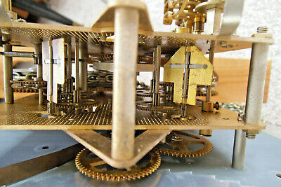 Hermle Clock Movement FHS 451-050H, Clock Face, Chains, Hands and Instructions