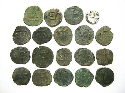 Lot of 19 Medieval Crusades Templar Cross Bronze and Copper Coins