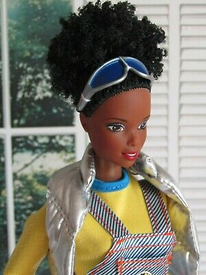 Barbie Doll AA Nichelle Generation Girl 1990s Afro Hair Complete Clothes - New