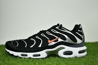 Nike Air Max Plus TN SE Size 9.5 Mens Black Hyper Crimson Dark Grey CD1533-001