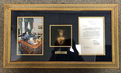 John F. Kennedy White House Oval Office Gold Vase w/ Evelyn Lincoln Letter JFK