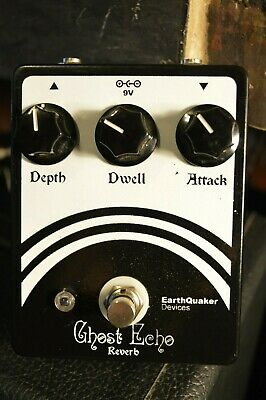 EarthQuaker Devices Ghost Echo - Early big box version